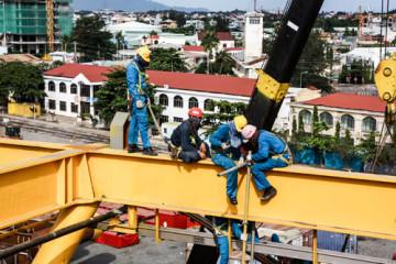 (Tiếng Việt) Để an toàn khi làm việc lao động trên cao